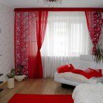 красные шторы декор идеи