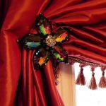 красные шторы фото вариантов