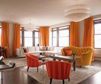 оранжевые шторы виды интерьера