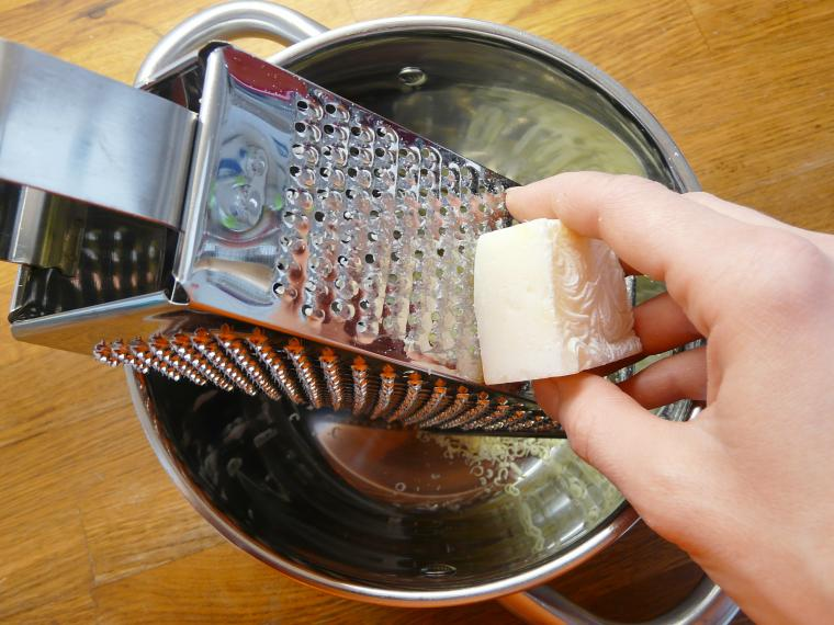 отбелить тюль мылом