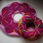 подушка пончик идеи дизайна