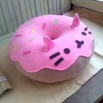 подушка пончик котик