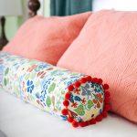 подушка валик фото вариантов
