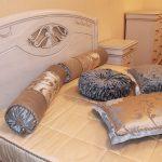 подушка валик идеи дизайн