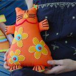 подушки игрушки фото оформление
