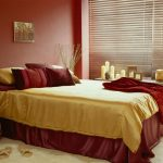 прикроватные классические коврики для спальни декор идеи