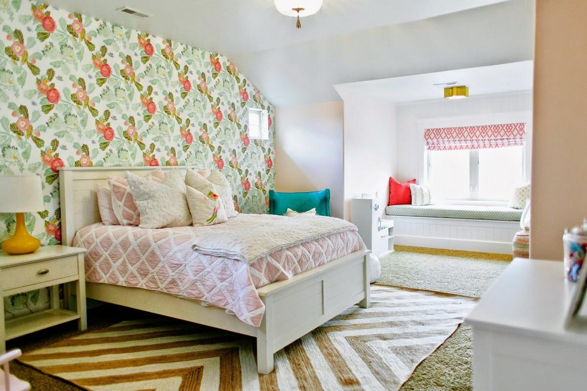 прикроватные классические коврики для спальни фото обзор