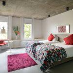 прикроватные классические коврики для спальни виды интерьера