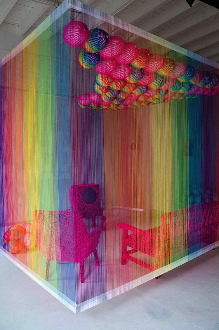 радужные шторы в студии