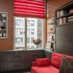 красные шторы интерьер