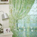 Как правильно и красиво вешать тюль и шторы зеленые
