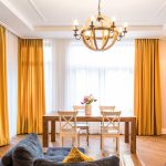 желтые шторы идеи декора