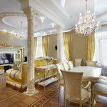золотые шторы оформление
