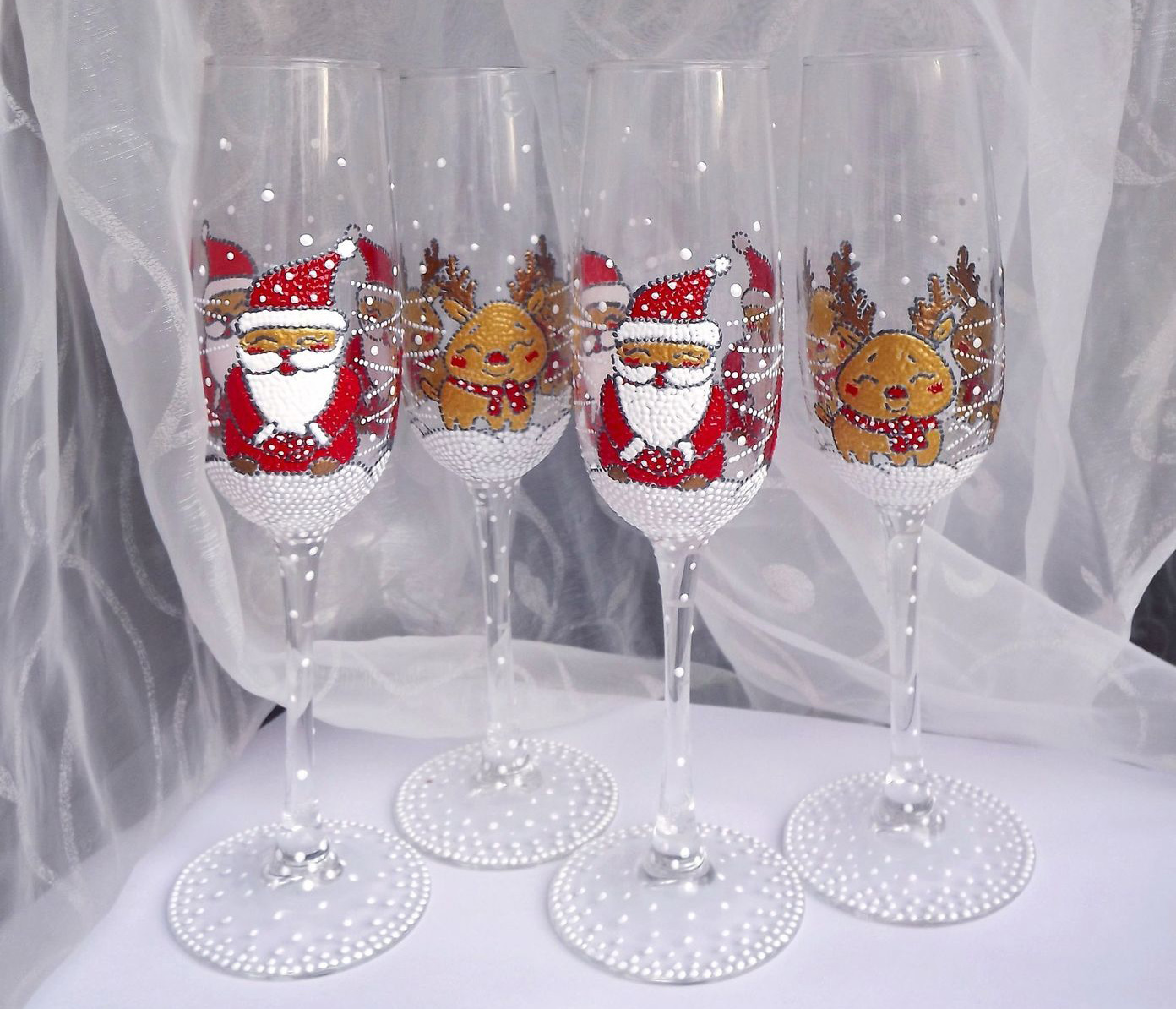 бокалы с новогодним декором