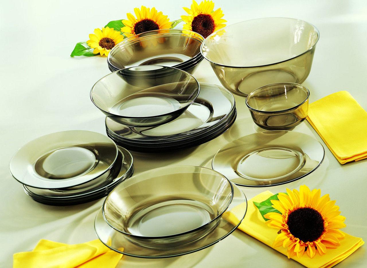 набор посуды из стекла