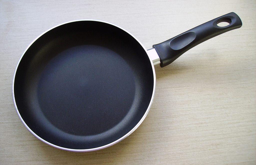 антипригарная сковорода тефлон