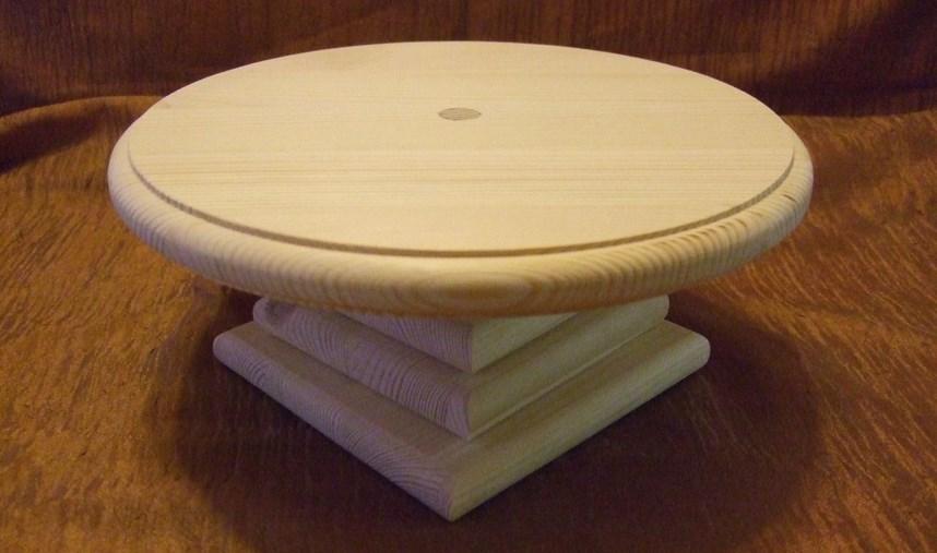 деревянная подставка для тортов
