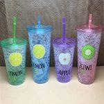 многоразовые стаканы с крышкой и трубочкой декор фото
