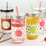 многоразовые стаканы с крышкой и трубочкой оформление фото