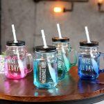 многоразовые стаканы с крышкой и трубочкой фото идеи