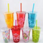 цветные многоразовые стаканы с крышкой и трубочкой