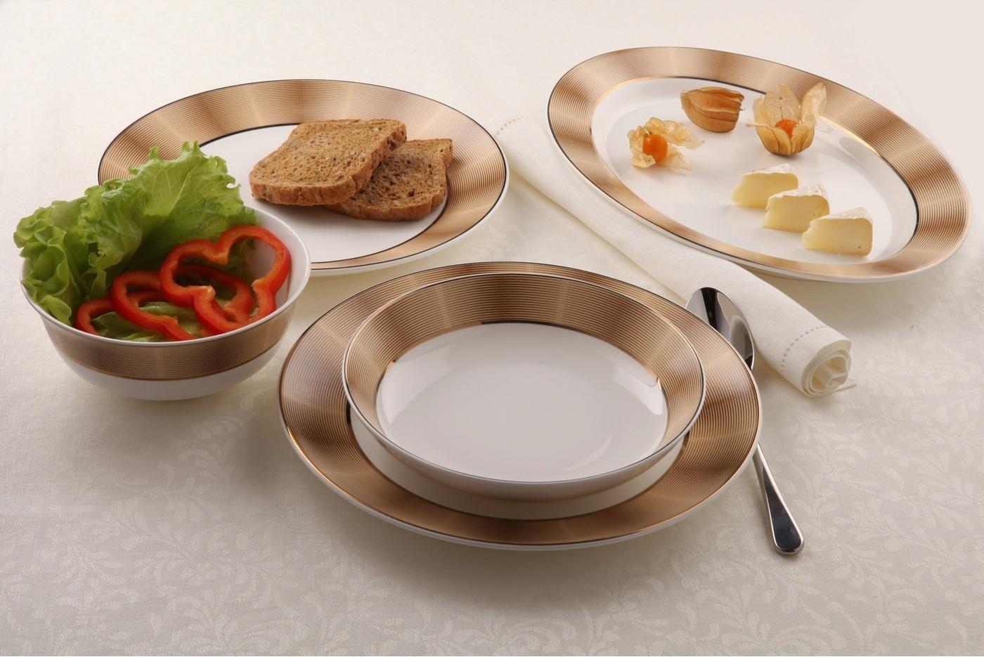 наборы столовых тарелок фото