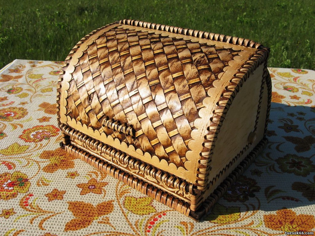 плетеная хлебница из бересты