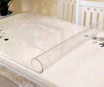 прозрачная скатерть клеенка на стол виды