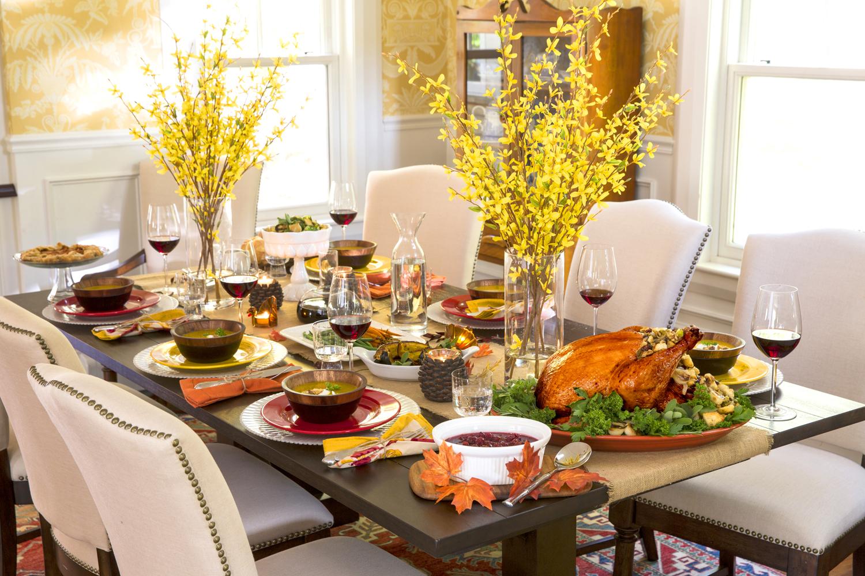 сервировка стола к празднику