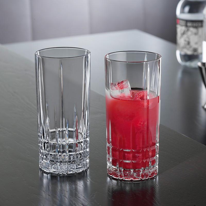 стаканы для сока и воды фото
