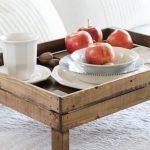 столик для завтрака в постель оформление