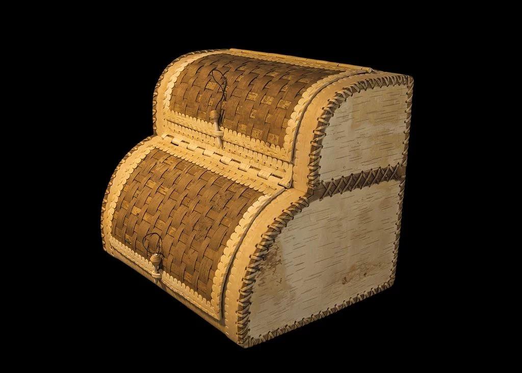 двухэтажная хлебница из бересты