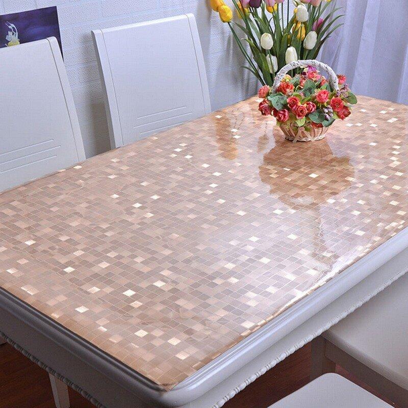 защитная цветная скатерть на кухонный стол