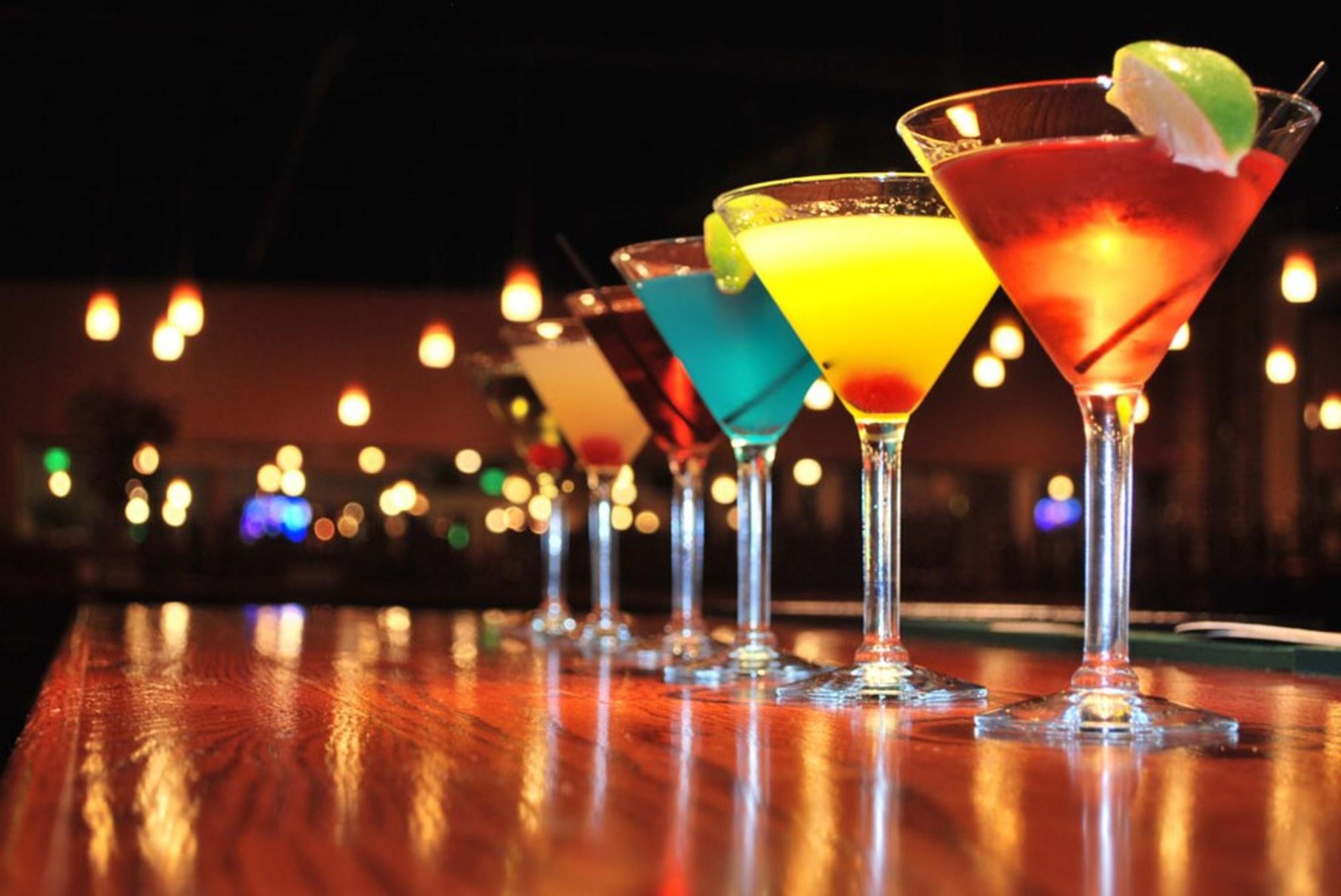 бокалы с мартини
