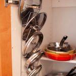 хранение крышек на кухне идеи дизайн