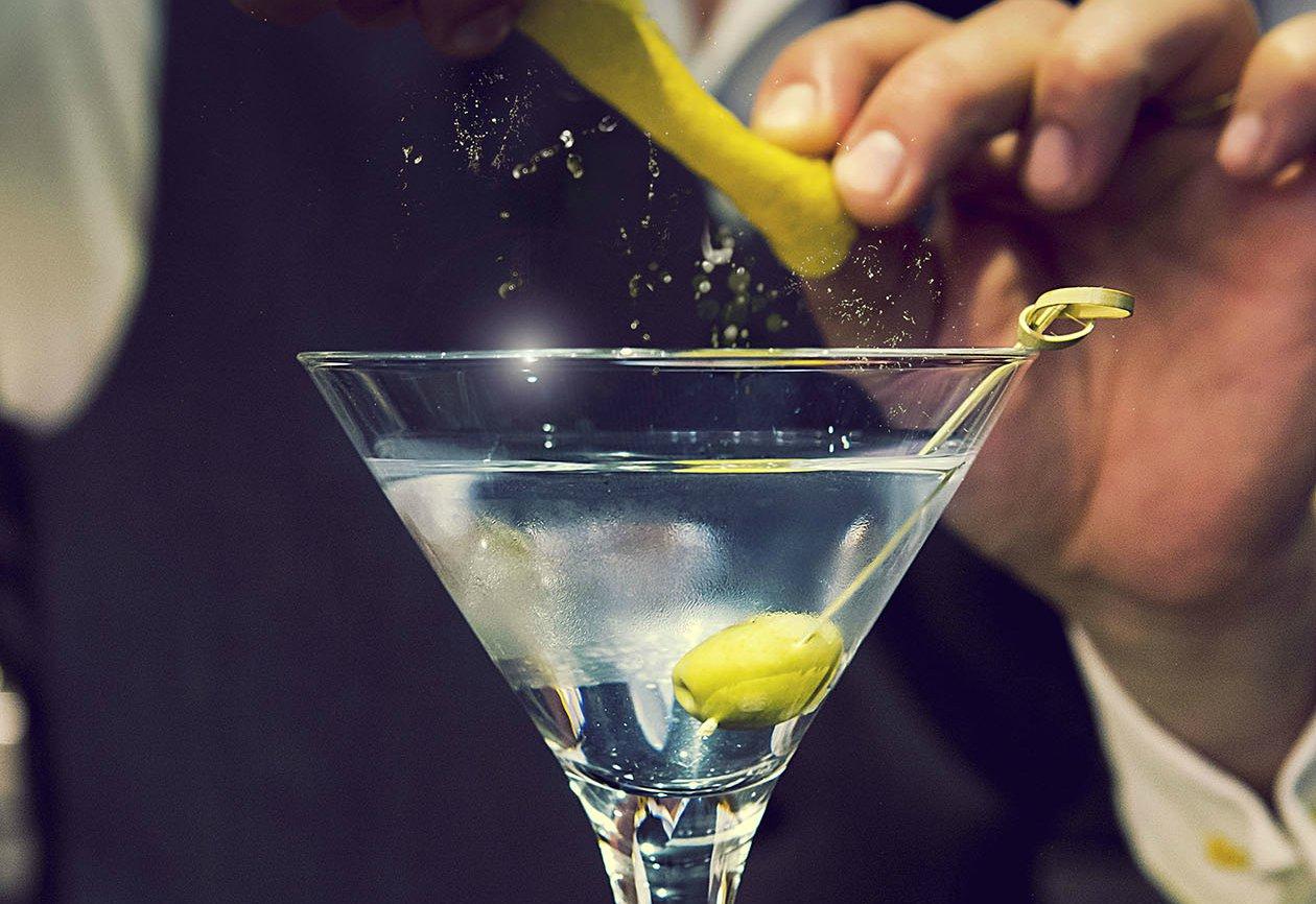 мартини в бокале