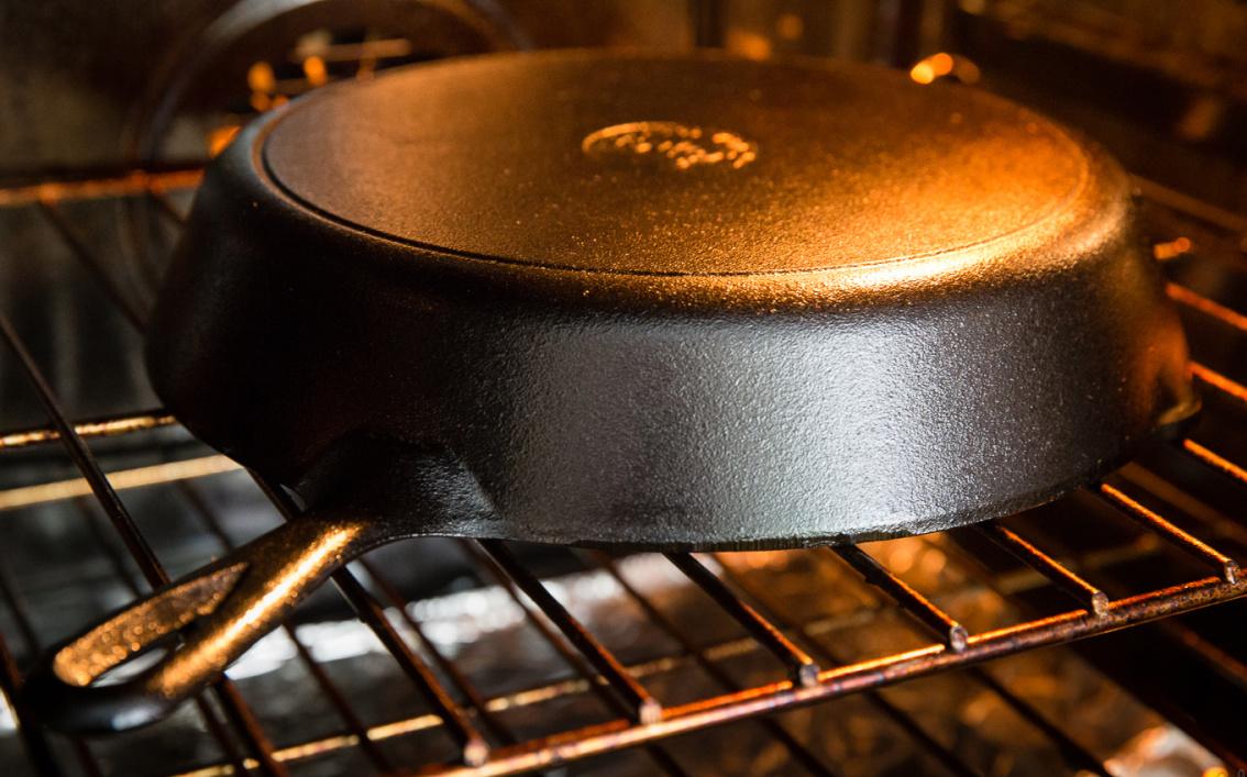 сковорода в духовке