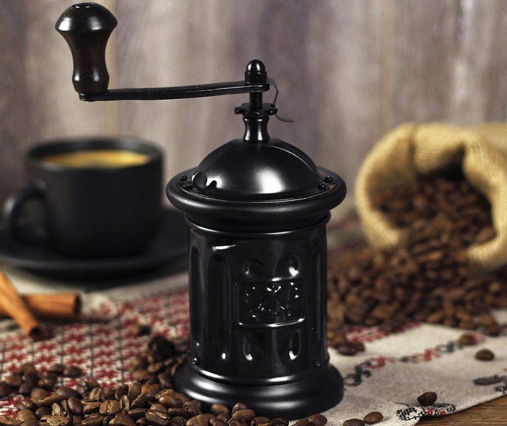ручная жерновая кофемолка