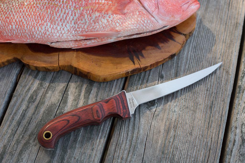 Филейный нож для рыбы фото