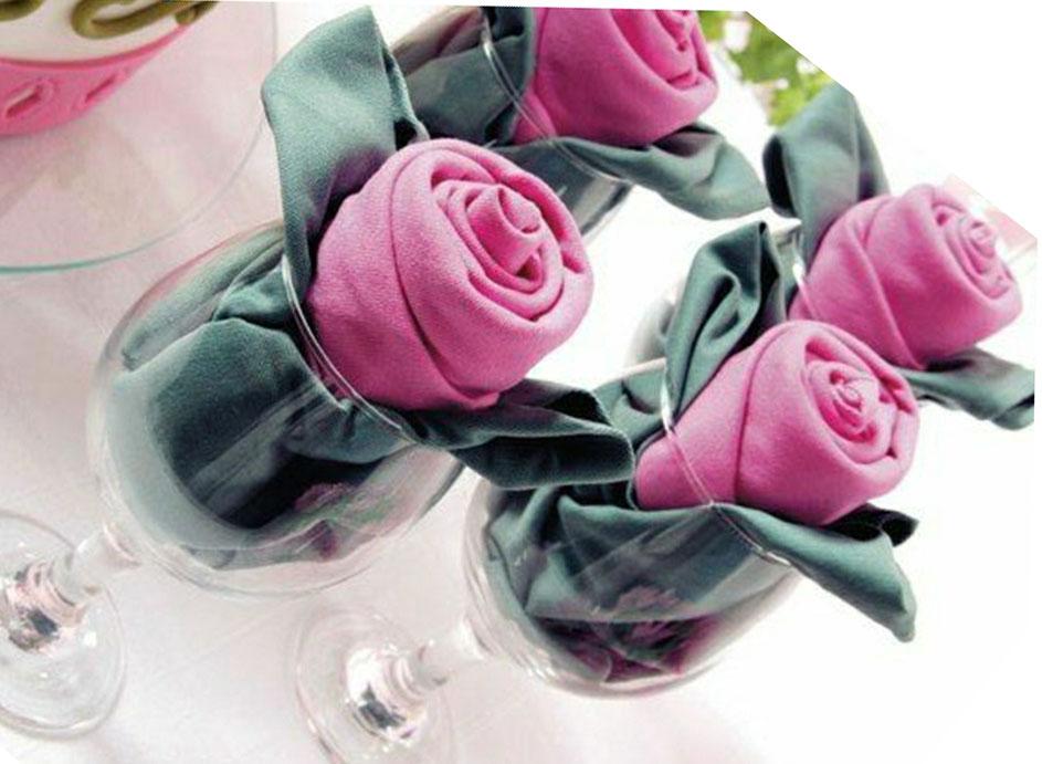 роза в бокале