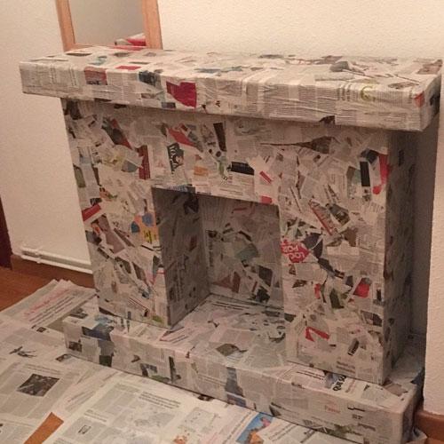 Оклеивание фальш-камина из картонных коробок