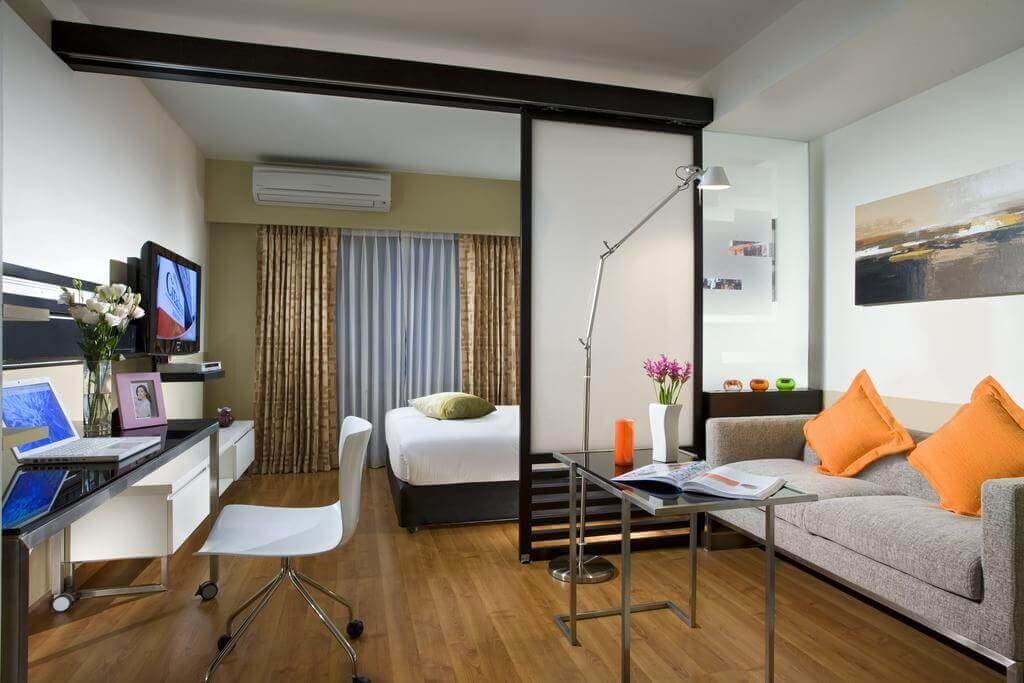 Как можно сделать гостиную спальню 773