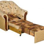 Раскладное кресло кровать светло-коричневого цвета