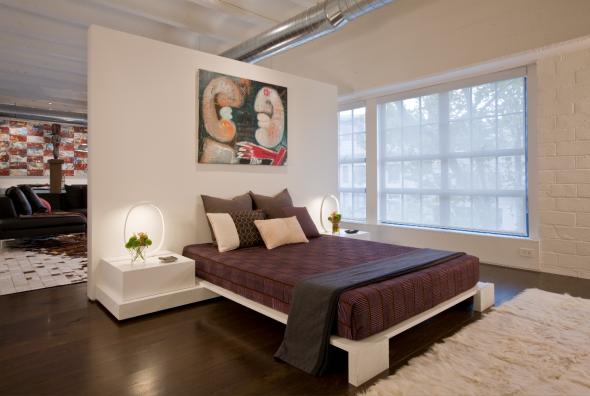 Разделение спальни и гостиной перегородкой посередине