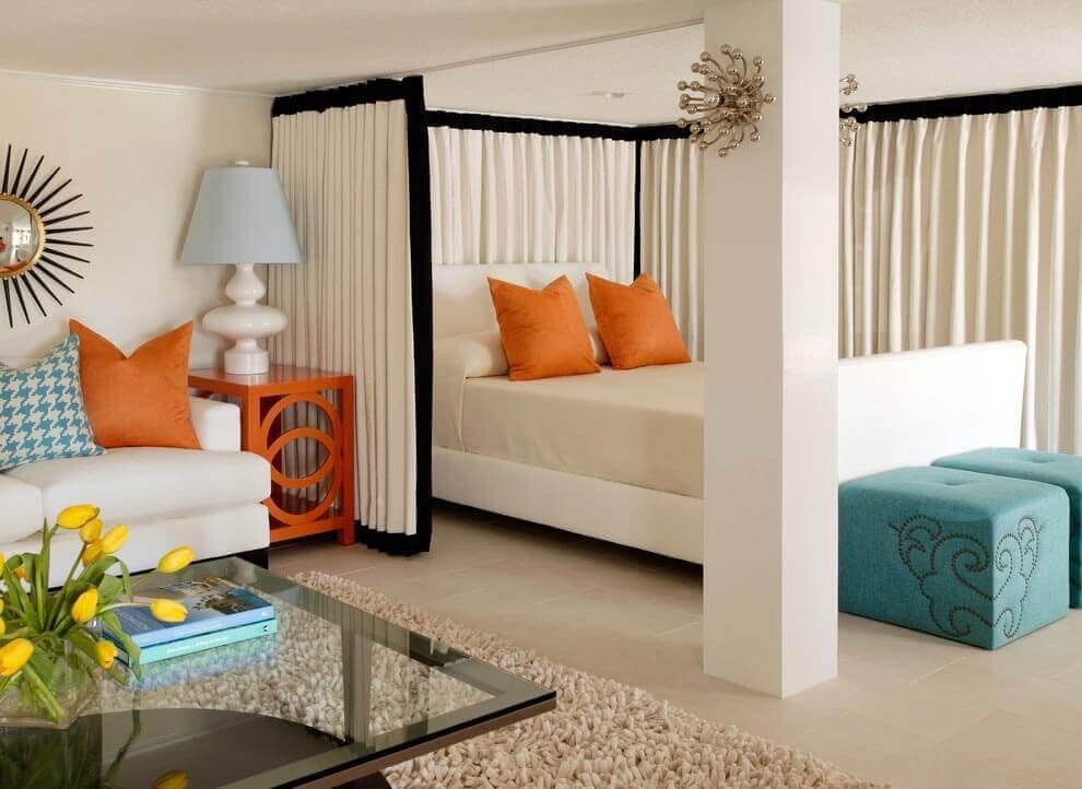 Как разделить комнату на две зоны при помощи штор с
