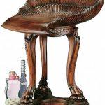 барный стул резной из дерева