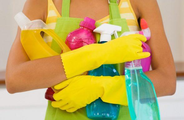 чистка в перчатках