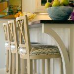 барные стулья деревянные мягкие
