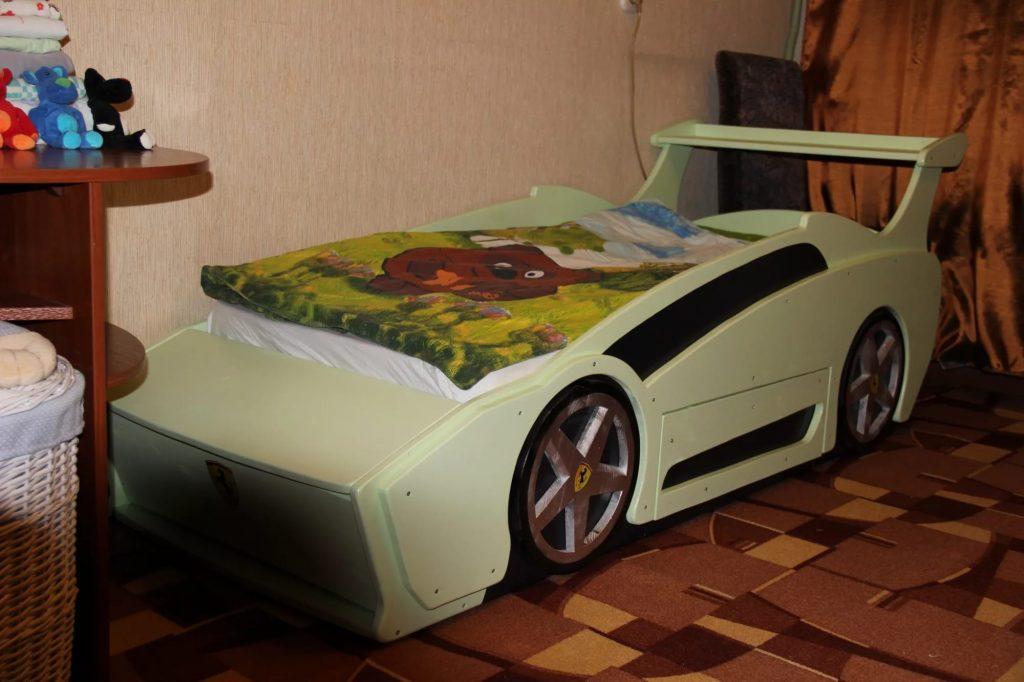 Кровати-машинка своими руками