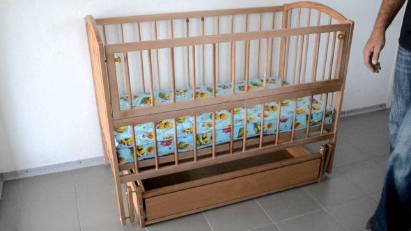 детская кроватка маятник сборка